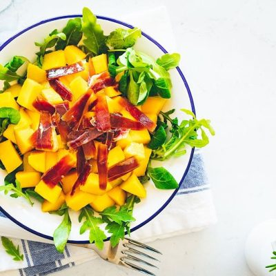 ensalada mango con jamón